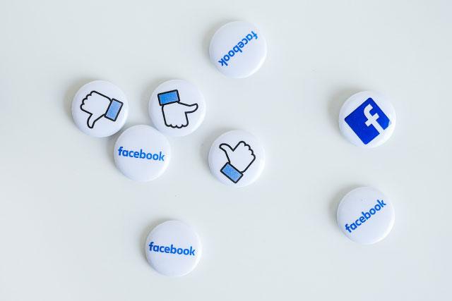 Facebook Button Badges